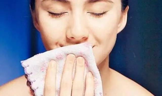 秋冬季如何避免嘴唇出问题?这几个应对措施很基础,